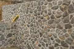 kamniti-zid.1400
