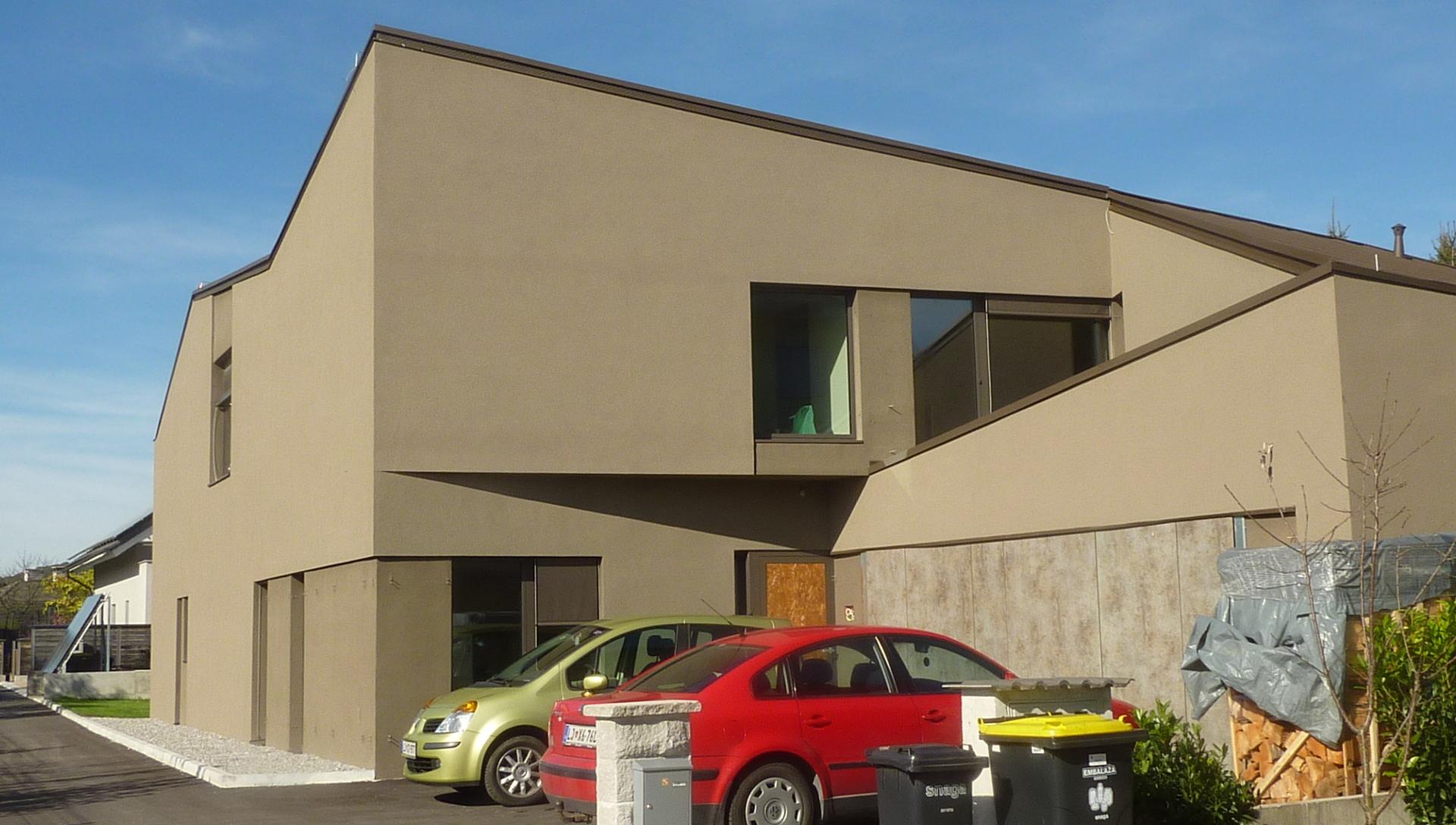 izgradnja-obnova objektov zaupanje medium